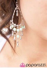 Glimpse of Malibu Green Earrings K2 P5812-2