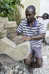 Woven fishing baskets are used in traditional fishing, Port Salut, South Department, Haiti (UNEP Disasters & Conflicts) Tags: haiti csi cotesudinitiative southdepartment environment un sdg mdg drr renewableenergy sustainabledevelopment greeneconomy pcdmb disasters conflicts portsalut disasterriskreduction climatechange mersud fishing fishmarket unep unenvironment