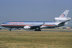American MD-11 N1751A LHR 12/08/1995 (jordi757) Tags: london heathrow airplanes american douglas lhr md11 avions mcdonnell egll n1751a
