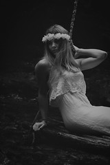Dreamy swing (CHRISR-PHOTOGRAPHY) Tags: swing balanoire rve dream girl teenager woman bw blackandwhite