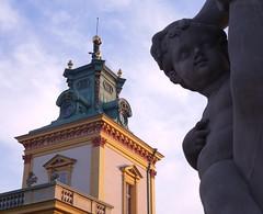 Wilanw Palace (dochtuir) Tags: wilanw palace baroque barok architecture architektura rzeba sculpture evening wieczr