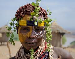 Ethiopian colours (soregral) Tags: woman shells colours couleurs femme omovalley bodypainting ethiopia tribe karo tribu parure peinturecorporelle valledelomo cauries
