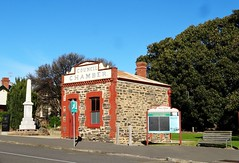 Port Elliot. The old Council Chambers built in 1879. Next to it is the War Memorial. Behind is a mssive Moreton Bay Fig tree. (denisbin) Tags: church hotel postoffice institute southcoast anglican councilchamber portelliot
