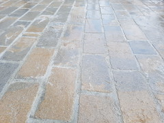 pavej anticipate bej si gri (odedrobinson) Tags: natural stone piatra naturala bej grey beige mmarble limestine patio path tumbled gri tiles cubica pavaj rustic exterior