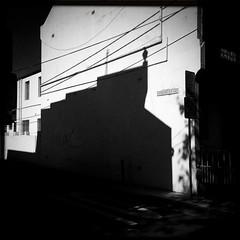 The ghost rampart of Charles Street (Albion Harrison-Naish) Tags: redfern sydney newsouthwales australia streetphotography sydneystreetphotography albionharrisonnaish mobilephotography iphone iphone5s hipstamatic blackeyssupergrainfilm akiralens unedited straightoutofcamera sooc