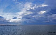Anochecer en las salinas (Fotgrafo-robby25) Tags: atardecerenelmarmenor fujifilmxt1 lopagnmurcia marmenor nubes salinasyarenalesdesanpedrodelpinatar