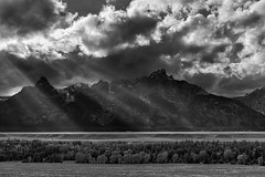 I've Seen the Light (gauss5050) Tags: grandteton nationalpark usa unitedstates travel trip blackwhite blackandwhite landscape mountain clouds light rays godrays cloudporn shaft park fineart
