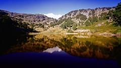 comprendre c'est le reflet de crer (glookoom) Tags: paysage lumire landscape ligne rocher lac montagne massif couleur chamrousse rhnealpes france