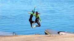 Aberwac'h - Sea game (patrick_milan) Tags: sea mer eau water boat bateau bretagne brittany aber wrach aberwrach iroise girls filles