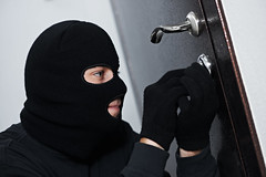 #EspecialACN Hampa gobierna en Los Caobos https://t.co/s3XSeZ2hm5 #acn September 02, 2016 at 02:05PM (AgenciaCN) Tags: twitter acn venezuela carabobo burglar thief robber mask crime criminal robbery theft person black risk adult man gangster male steal bandit breaking hat stealing young identity apartment house home danger security safety secure spy entering burglary unlawful intruder mugger felony balaclava housebreaking looter scammer villain offender force lock zzzagkaaakeleedifpdhdidadjfpge