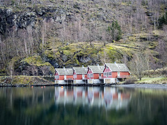 Four little houses (jp3g) Tags: winter norway boat olympus fjord bergen flam omd em5