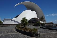 Auditorium in Santa Cruz de Tenerife, Tenerife, Spain, 10/2013 (SteveT0191) Tags: santacruz spain tenerife santacruzdetenerife operahouse canaryislands auditorium santiagocalatravavalls 2013 adnmartn