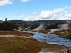 Upper Geyser Basin, Yellowstone National Park (Redbeard Math Pirate) Tags: nationalpark nps yellowstonenationalpark yellowstone geyser uppergeyserbasin