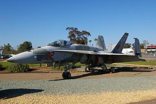 163152 / SH-22 F-18A Miramar 14-03-14