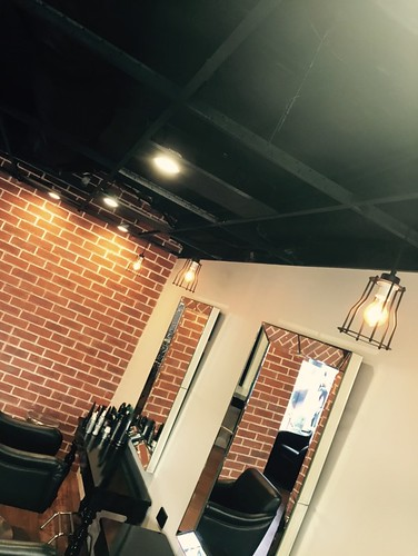 Hanging pendant lights and LEDs for a hair salon