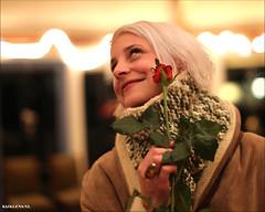 Moment Of Impact (Emil de Jong - Kijklens) Tags: portrait flower girl rose roos portret vrouw meisje bloem valentijn wman ninazuurbier