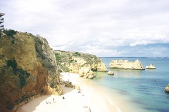 Praia Santa Ana (bart_) Tags: beach portugal kodak 400 electro 35 ultra gs yashica praiasantaana