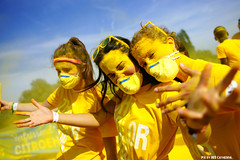 Color Run Hemiksem (Red Cathedral is in Malta) Tags: sony sonyalpha alpha aztektv eventcoverage obstaclerun ocr a850 redcathedral hemiksem thecolorrun colour color antwerpen running runners run summer holi mask protectionmask maskedfaces maskedgirls yellow geel