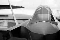 IMG_4568 (sffubs) Tags: canon 40d canoneos40d canonef200mmf28liiusm 200mm f28l blackandwhite bw 2016 plane aeroplane f35 farnborough fia farnborough2016 airshow jsf jointstrikefighter lightningii monochrome stealth fighter canopy fia2016