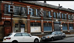 Boris Limited, Haggerston (A. Nothstine) Tags: city blue england urban london cars sign de factory haggerston beauvoir