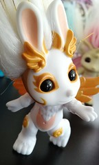 angel hop 3 (meimi132) Tags: angelhop angel bunbun rabbit zelf zelfs series6 golden gold wings