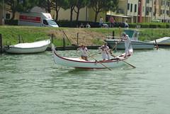 gondola in the race (Fabio.Buoso) Tags: gondole gara voga tradizione caorle mare canale