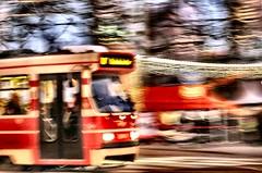 Lijn 17 en de Fair (Gerard Stolk (retour de l'Occitane)) Tags: tram denhaag 17 haag streetcar trams thehague lijn winterfair lahaye rt17
