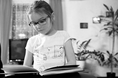 340/365: Bookworming in progress (Rrrodrigo) Tags: girl reading book kid project365 project3652014