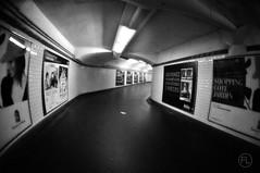 Couloir (c'estlavie!) Tags: paris france blackwhite flickr metro métro fisheye couloir métroparisien noirtetblanc métr nikonflickraward ilobsterit jesuisparis