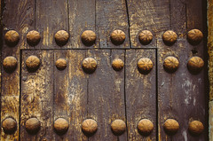 Acne door (Walimai.photo) Tags: door wood texture textura puerta madera grain ciudad explore salamanca rodrigo grano acne