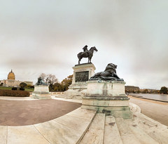 Washington DC - 13-11-2014 - 17h48 (Panoramas) Tags: sunset usa statue dc washington memorial grant lion ciel capitol soir ulysses ptassembler socle pidestal multiblend