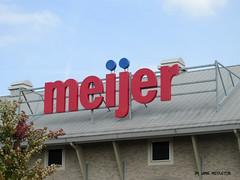 Meijer --Lexington, Kentucky (xandai) Tags: retail shopping market lexington kentucky ky supermarket grocery meijer grocer retailer supercenter bigbox discountstore lexingtonfayette