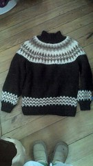 Suriel design icelandic sweater (Mytwist) Tags: winter sexy classic love wool vintage iceland sweater warm sweaters craft style passion isle thick pullover icelandic lopi wolle woolen pulli icelandicsweater peysa lopapeysa slensk lopapeysur lettlopi pltulopi istex suriel lapapeysa lopapeysunni