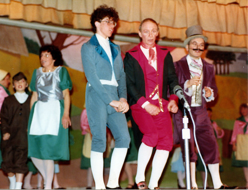 1984 Puss in Boots 04 (front left Tim Daniels, Ken Fielding, Ted Hampton, back in green Beryl Wragg with Richard Young jnr)
