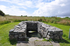 SCATTERY ISLAND - St Senan's Well (Gaeilge Bheo) Tags: house tower island early ruins clare angle cathedral bell ruin battery chapel estuary norman christian well holy shannon monastery round settlement pagan senan scattery igdaily saintsenan inisscattery