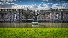 Statut... (pedrolitto) Tags: statue baroque chteau fontainebleau phototech