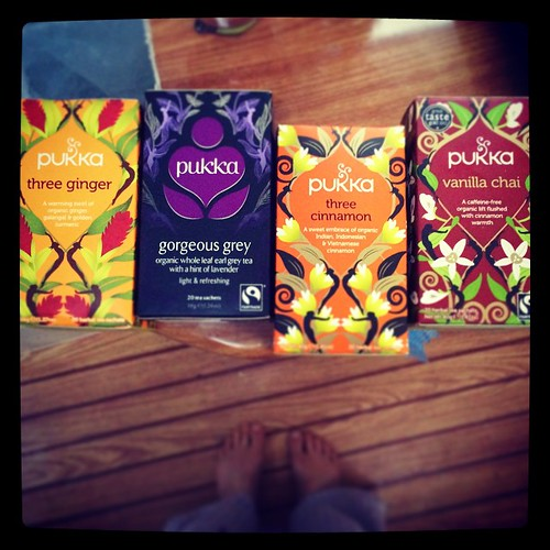 061/365 • my co-op order arrived last night, and TEA! Lovely @pukkaherbs #pukkatea - I think I will kick off today with the vanilla chai ☕️💗• #061_2015 #goodmorning #liveaboard #tea #bellaluna #toes