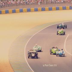 """Aquellos locos en sus viejos cacharros..."" (Ilargia64) Tags: life france sports race racing classiccars joyoflife prewarcars grid1 amayasanchez lemansclassic2016"