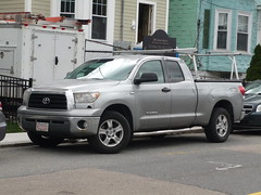 Toyota Tundra (JLaw45) Tags: road street new england urban usa boston japan america truck japanese grey state 4x4 metro massachusetts united north newengland utility pickup corporation area toyota vehicle metropolis motor states mass northeast sequoia metropolitan tundra beantown bodyonframe