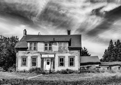 Abandoned House in Whiting, Maine, USA (kenmojr) Tags: maine newengland nikon d7100 nikkor 18105 route1 usa us unitedstates whiting house home abandoned deserted dilapidated rundown architecture dwelling wooden structure kenmo kenmorris july 2016 clouds cloud roadside