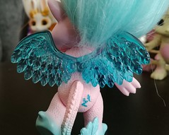 skylanna wings (meimi132) Tags: zelfs zelf series6 cute adorable trolls skylanna dragon pink wings blue