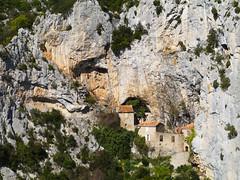 Ermitage de St-Antoine, Gorges de Galamus (Niall Corbet) Tags: france languedoc roussillon aude gorgesdegalamus gorge canyon limestone ermitagedestantoine