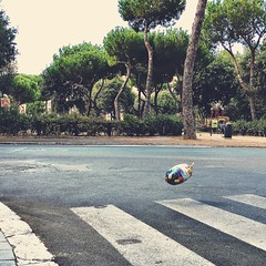 Birthday Party (Marco Di Battista) Tags: balloon birthday wind childhood streetphotography rome roma rom