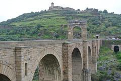 Alcántara (javier_hdez) Tags: alcántara extremadura turismo viajes viajar españa fotos fotografías patrimonio cultura historia puente iglesia