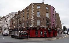 Doyle's (Mike Serigrapher) Tags: dublin doyles bar guinness dray