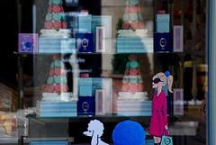 Ladure vetrina, grand rue, Luxembourg (sz1507) Tags: store shop shopping boutique writings disegno composizione ladureparis reflection riflesso dog girl girlwithdog 1862 glass vetrina colors macaron macarons dolci sweets patisserie ladure grandrue luxembourg
