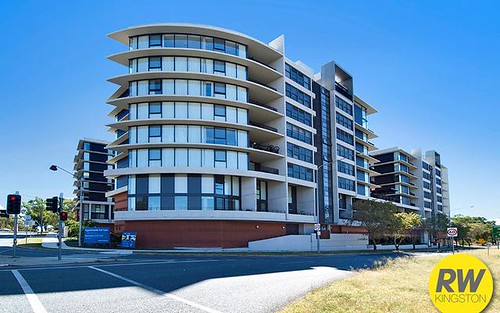 100/99 Eastern Valley Way, Belconnen ACT 2617