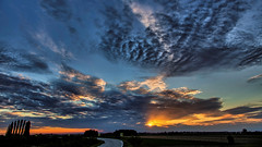 Sunset (Scorpion-66) Tags: tramonto sunset colors canon5dsr canon24105l clouds sky hdr