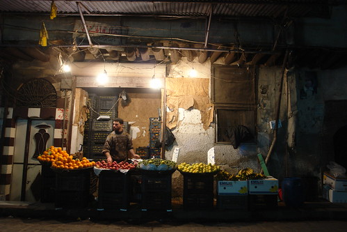 Late evening shopping in Damascus