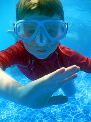 Are you okay? (dachalan) Tags: africa boy sea water underwater snorkel redsea egypt son snorkeling snorkelling rhys hurghada rotesmeer fortarabesque dachalan makadibay sunriseroyalmakadi nikoncoolpixaw110